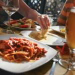毎日外食はなぜ太る?原因はメニューの選び方と炭水化物にあった?